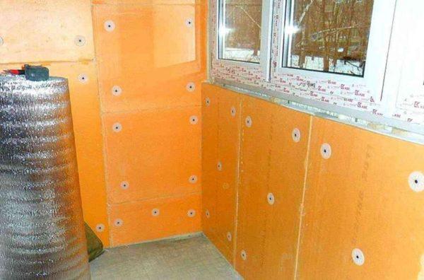 Пеноплексом можно утеплить стены под последующее оштукатуривание