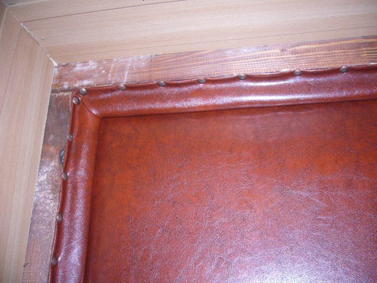 Утепление деревянных входных дверей своими руками