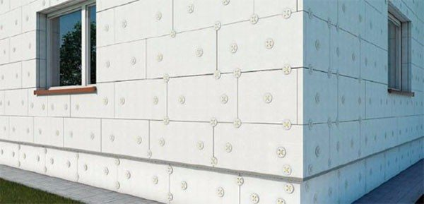 Пример расположения дюбелей на фасаде