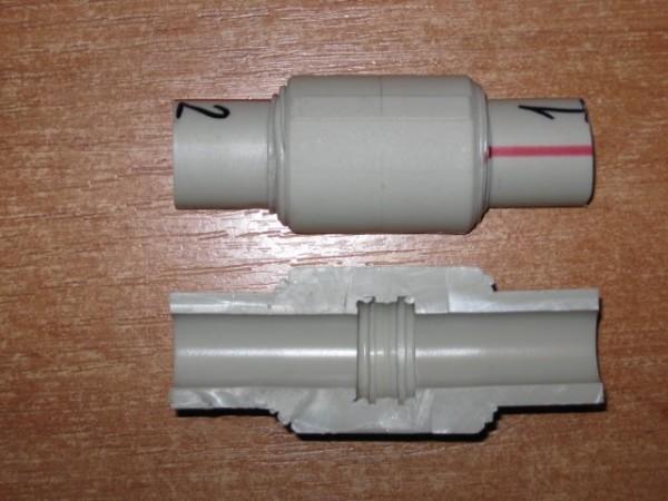 Сварное соединение с муфтой в разрезе. Четко видна монолитная структура стенки