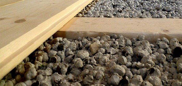 Утепление потолка керамзитом: особенности проведения работ.