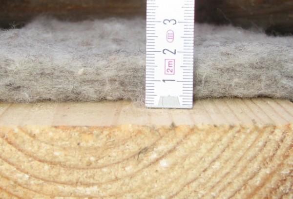 Так выглядит слежавшаяся минеральная вата, а также вата после намокания.