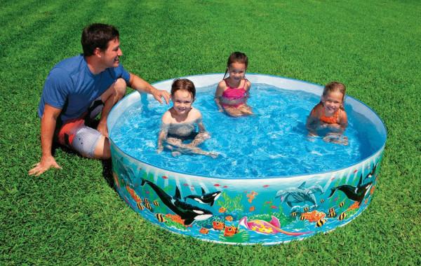 Такой бассейн греть не нужно…