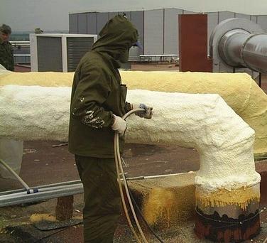 Теплоизоляция трубопроводов отопления напылением пенополиуретана