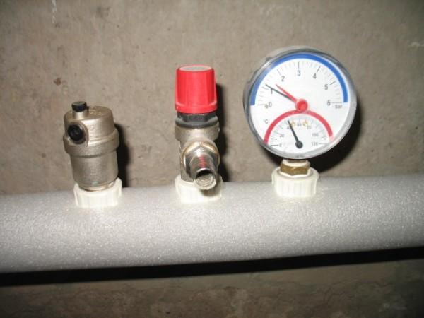 Типичное давление в автономной отопительной системе.