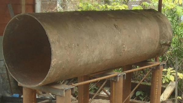 Толстостенную трубу можно выкупить на пункте сбора металлолома.