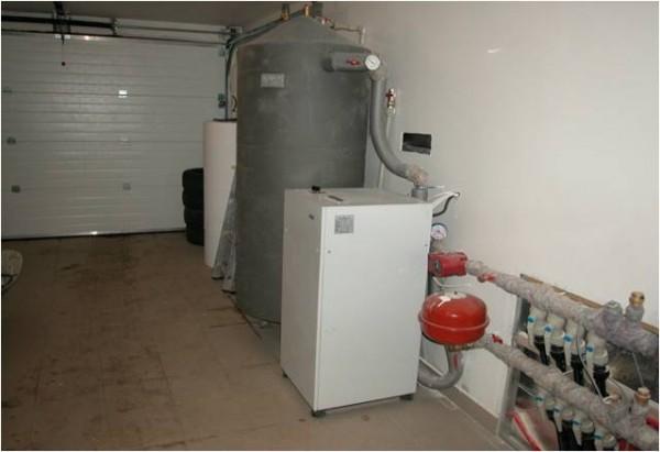 Установка мощного водяного насоса требует выделения для него специального помещения