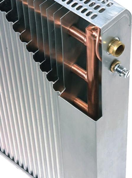 В биметаллических моделях используются разные металлы