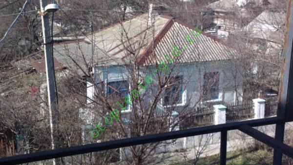 Я использую в качестве примера вполне конкретный дом, находящийся перед моими окнами.