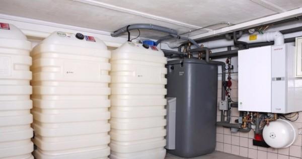 Запас дизтоплива хранится в котельной и воздуха, прямо скажем, не озонирует.